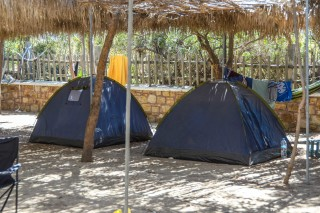 accommodation plaka camping grounds-05