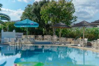 accommodation plaka camping swimming pool-11