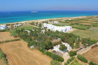 location plaka camping beach
