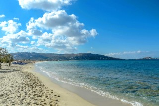 location plaka camping beach view