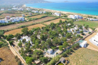 location plaka camping view